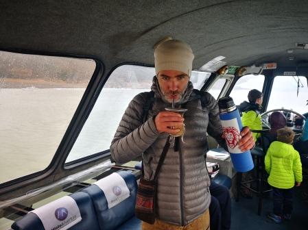 Mate avec l'equipage du catamaran Perito Moreno