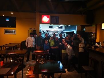 Photo avec toute l'équipe du restaurant